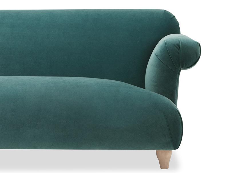 Souffle handmade sofa front detail
