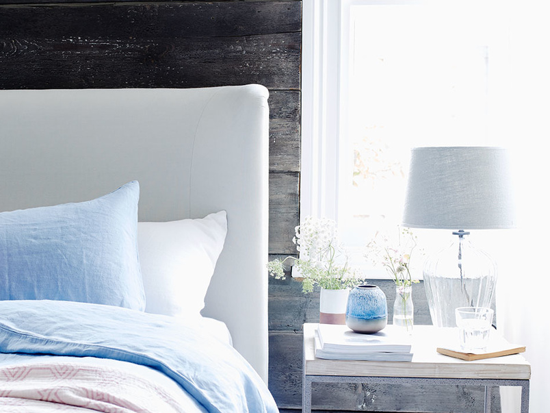 Cornflower blue lazy line bedding