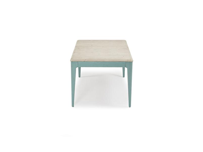 Tucker kitchen table length detail