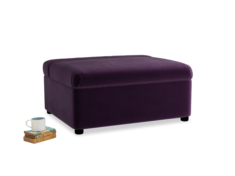 Single Bed in a Bun in Deep Purple Clever Deep Velvet