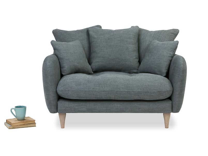 Skinny Minny comfy love seat
