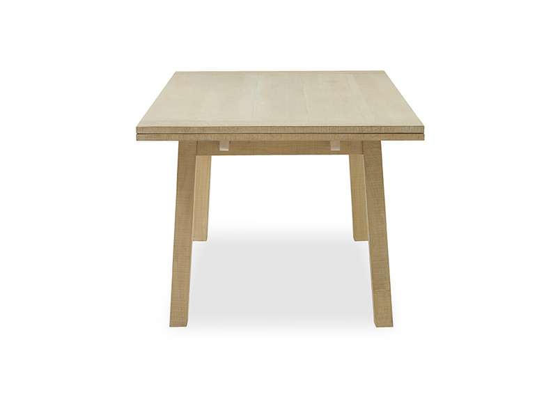 Country Mile dining table side detail