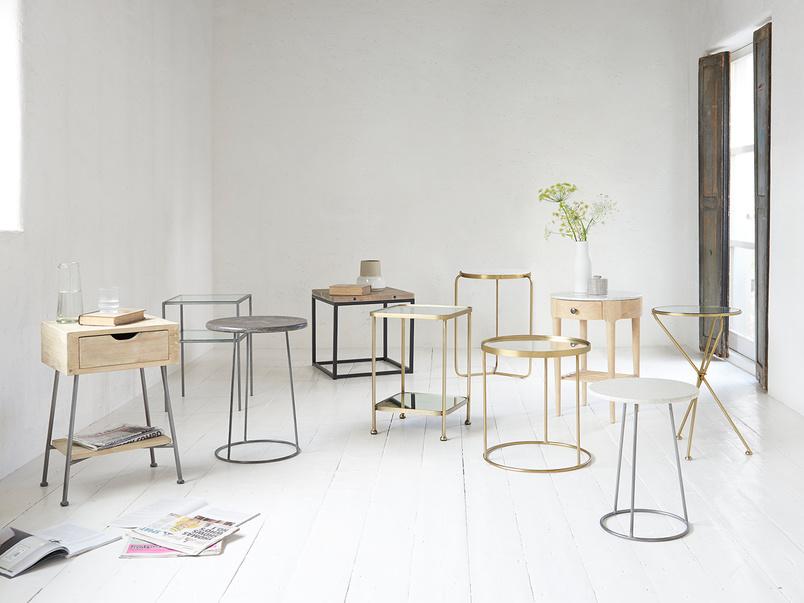 Side table range