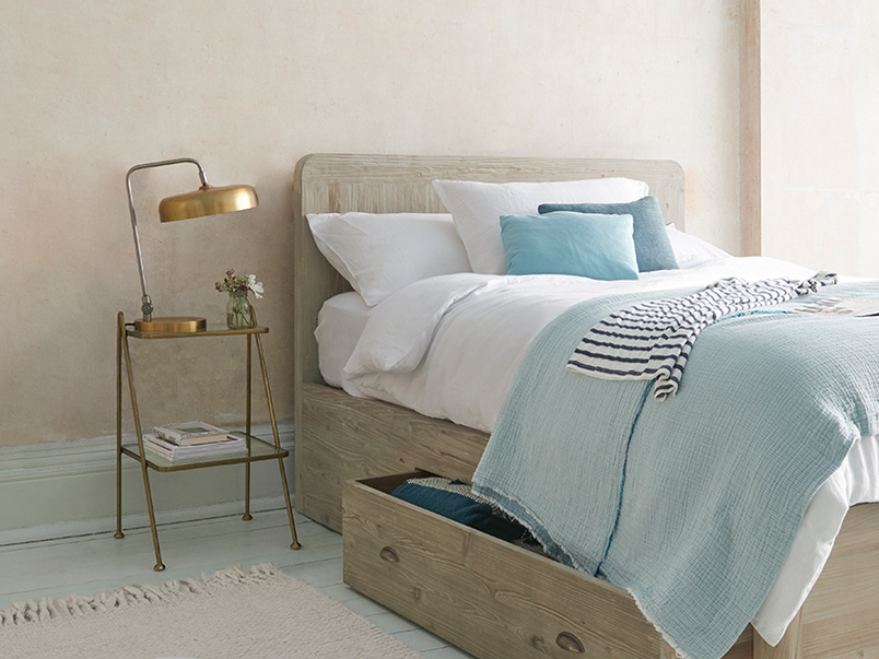 Woody wooden storage base bed