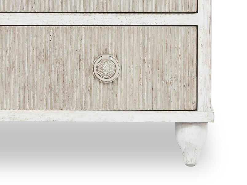 Tilda chest of drawers front leg detail