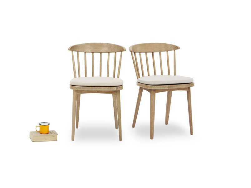 Drummer oak kitchen chairs front