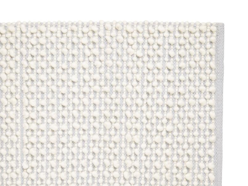 Bobble soft handmade rug