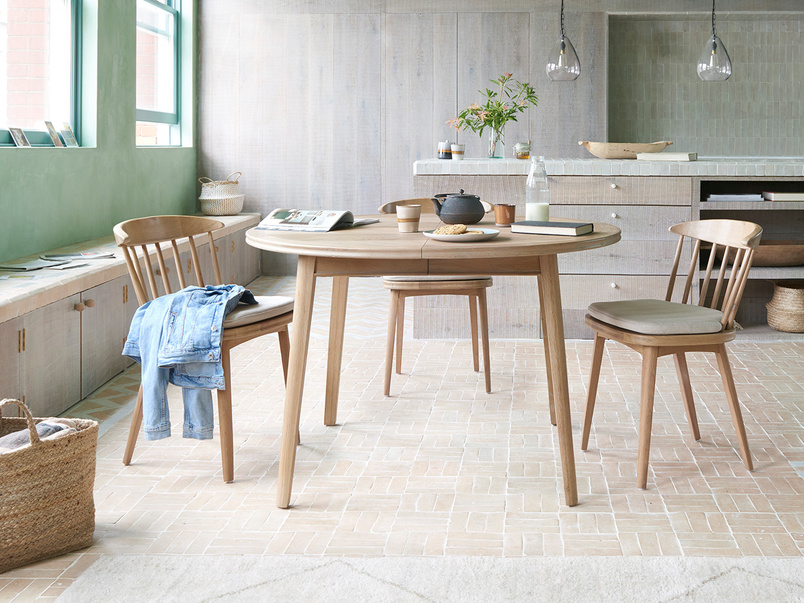 Parquet Pie Extendable Round Parquet Dining Table