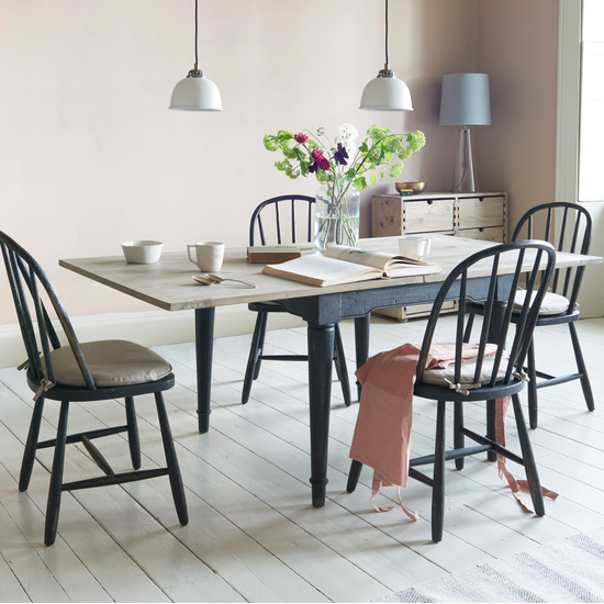 Toaster Flip Top extendable kitchen table in farmhouse style
