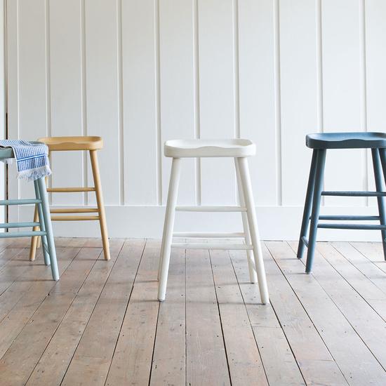 Bumble bar stool range
