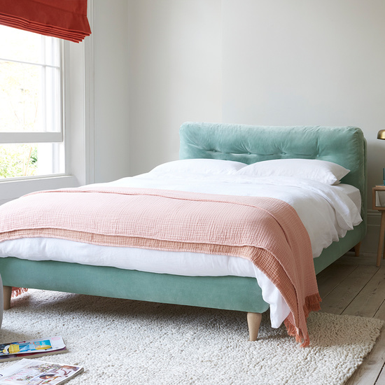 Chit Chat squishy bed
