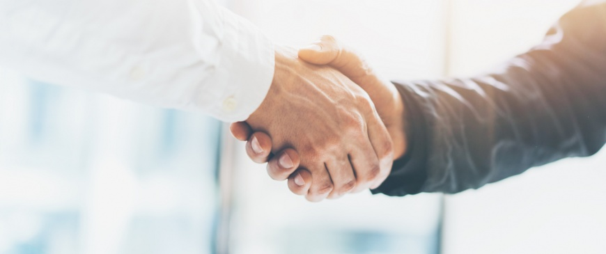 Is flexibility key in auction partnerships?