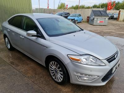 Image of 2014 Ford Mondeo ZETEC BUSINESS EDITION TDCI 1997cc TURBO Diesel Manual 6 Speed 5 Door Hatchback