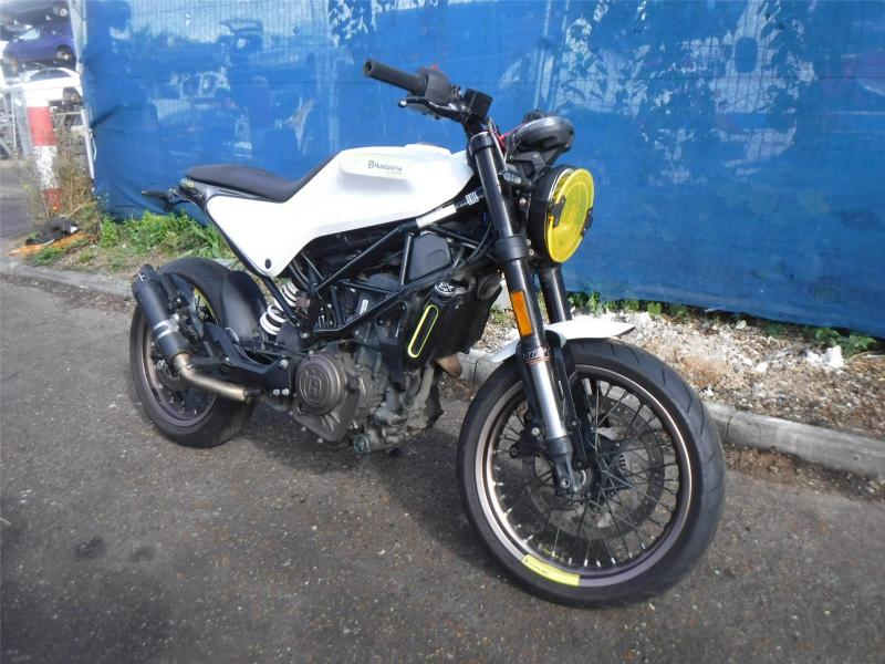 2018 HUSQVARNA VITPILEN 401 373cc PETROL MOTORCYCLE