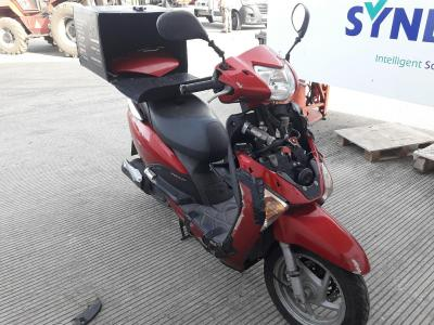 Image of 2010 HONDA NHX LEAD 110 WH-A 108cc SCOOTER