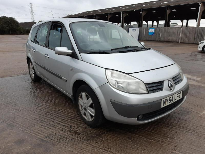 2005 RENAULT GRAND SCENIC DYNAMIQUE DCI 1870cc TURBO DIESEL MANUAL 6 Speed 5 DOOR MPV
