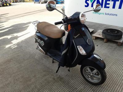 Image of 2011 PIAGGIO VESPA ET2/LX/2T 46cc MOTORCYCLE