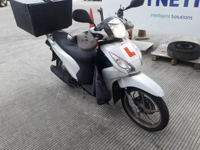 Image of 2017 HONDA NSC VISION 110 MPDH 110cc SCOOTER