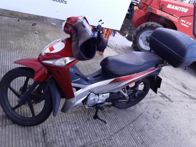 Image of 2015 HONDA AFS WAVE 110 CSF-F 110cc SCOOTER