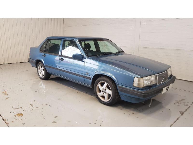 1997 Volvo 940 SE LPT 2316cc Turbo Petrol Automatic 4 Speed 4 Door Saloon