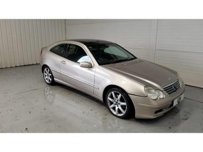 Image of 2004 Mercedes-Benz C Class C220 SE CDi 2148cc Turbo Diesel Automatic 5 Speed 3 Door Coupe