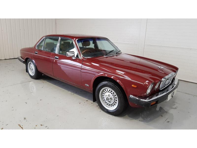 1985 Jaguar XJ SOVEREIGN 4235cc Petrol 4 Door Saloon