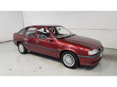 Image of 1994 Vauxhall Cavalier EXPRESSION 1796cc Petrol Manual 5 Speed 5 Door Hatchback