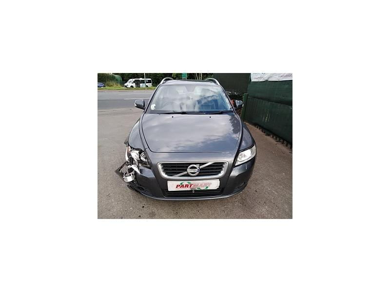 2011 VOLVO V50 D2 SE LUX 1560cc TURBO DIESEL MANUAL 6 Speed 5 DOOR ESTATE
