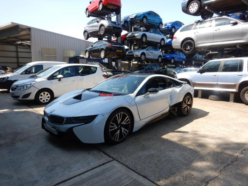 2016 BMW i8 4WD 1499cc Turbo Petrol/Electric Automatic 6 Speed 2 Door Coupe