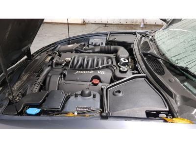 Image of Jaguar XK8 3996cc Engine and Automatic Gearbox Code AJ26/AJ27