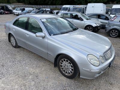 Image of 2004 Mercedes E-class E240 Elegance 2597cc Petrol Automatic 5 Speed 5 Saloon