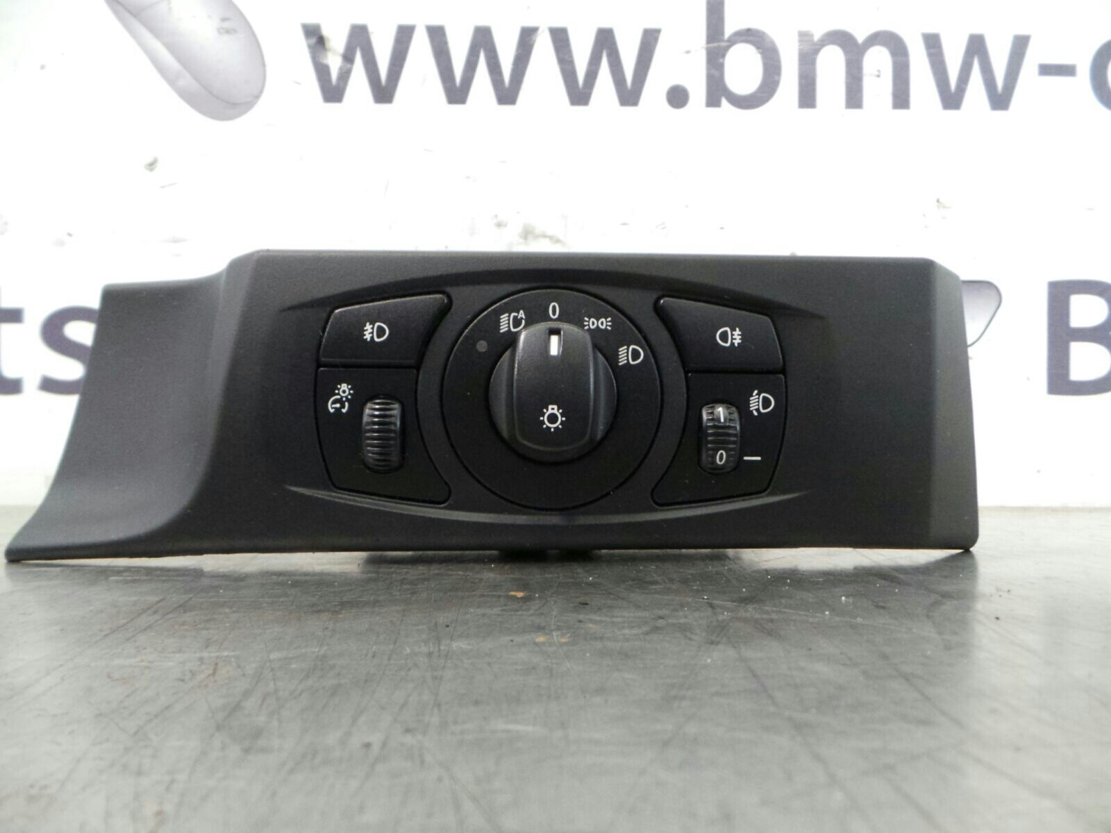 BMW E60 5 SERIES Light Switch / LCM 61316925252