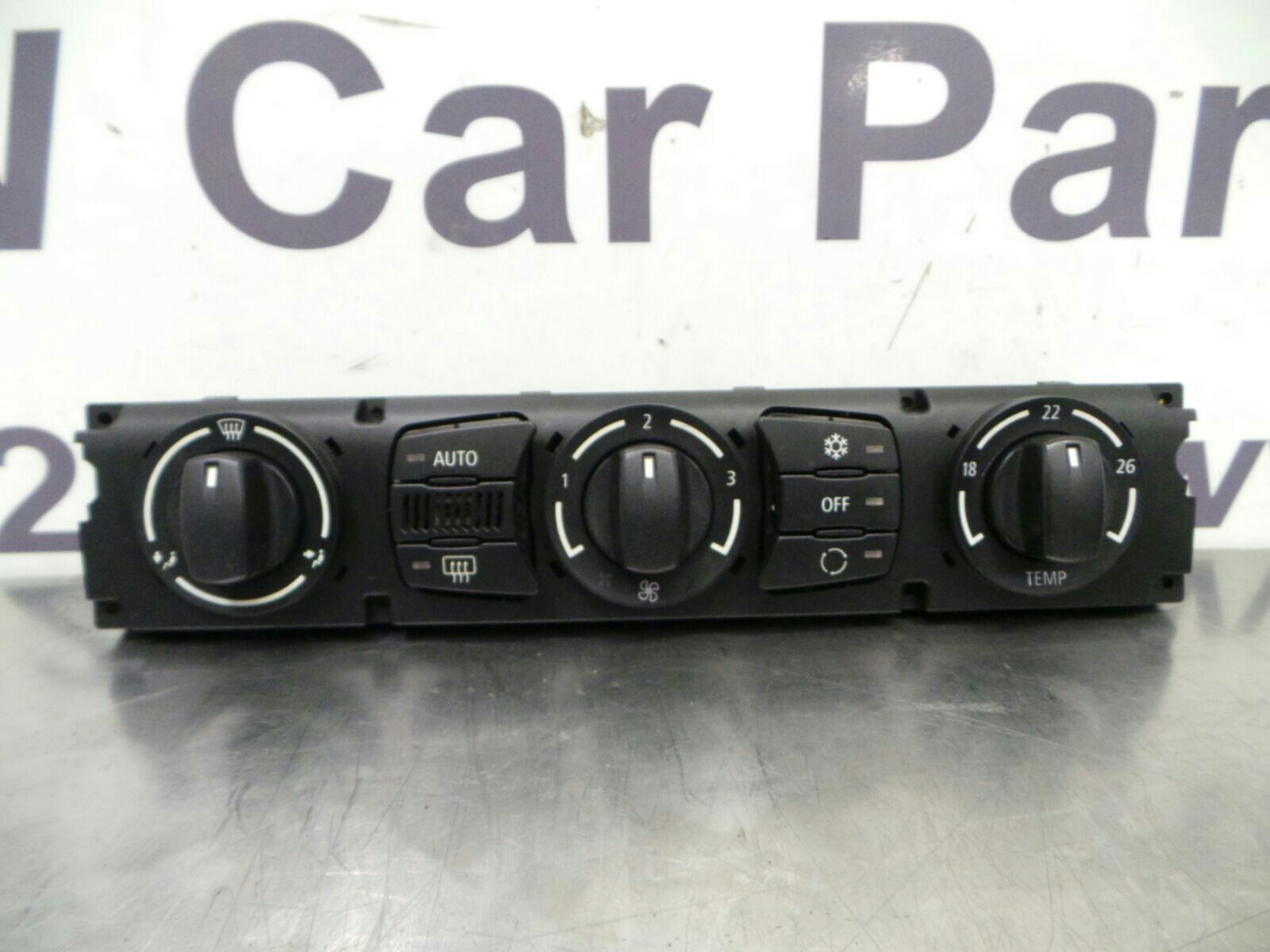 BMW E60 5 SERIES Air Conditioning Control Unit 64116956825 breaking