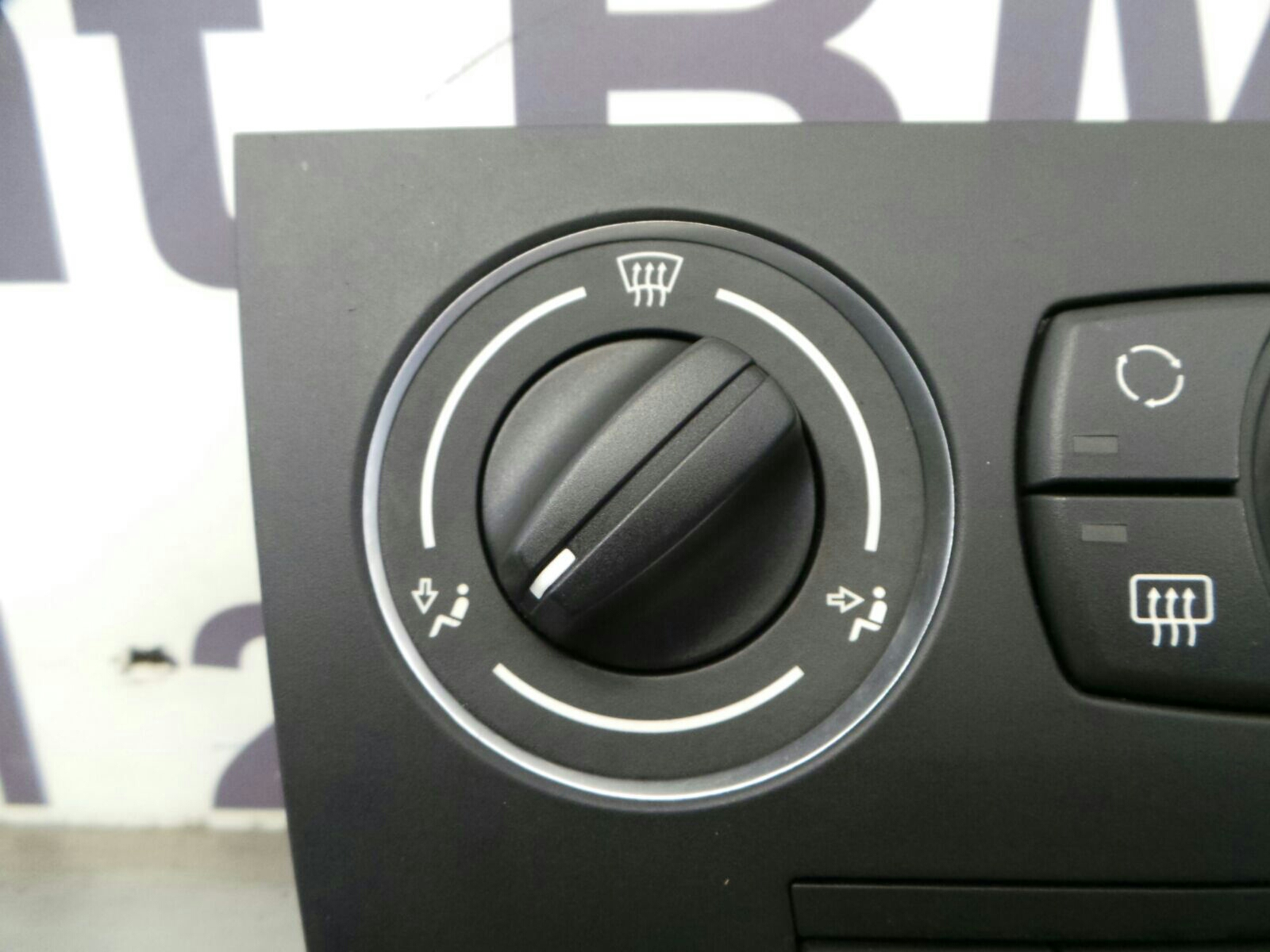 BMW E90 3 SERIES 64119162986 Air Conditioning Control Unit
