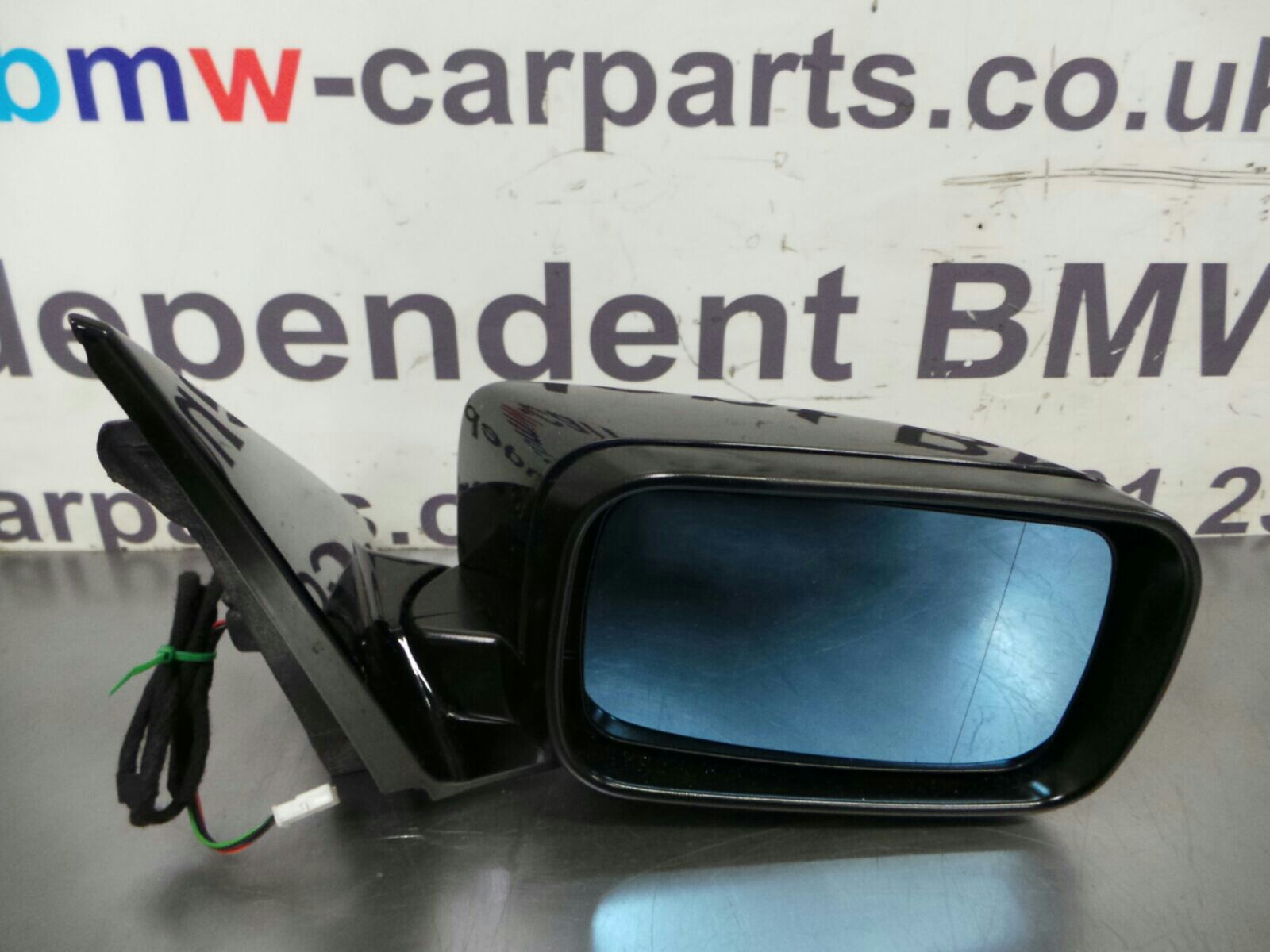 BMW E46  3 SERIES  O/S Door Mirror 51167890826