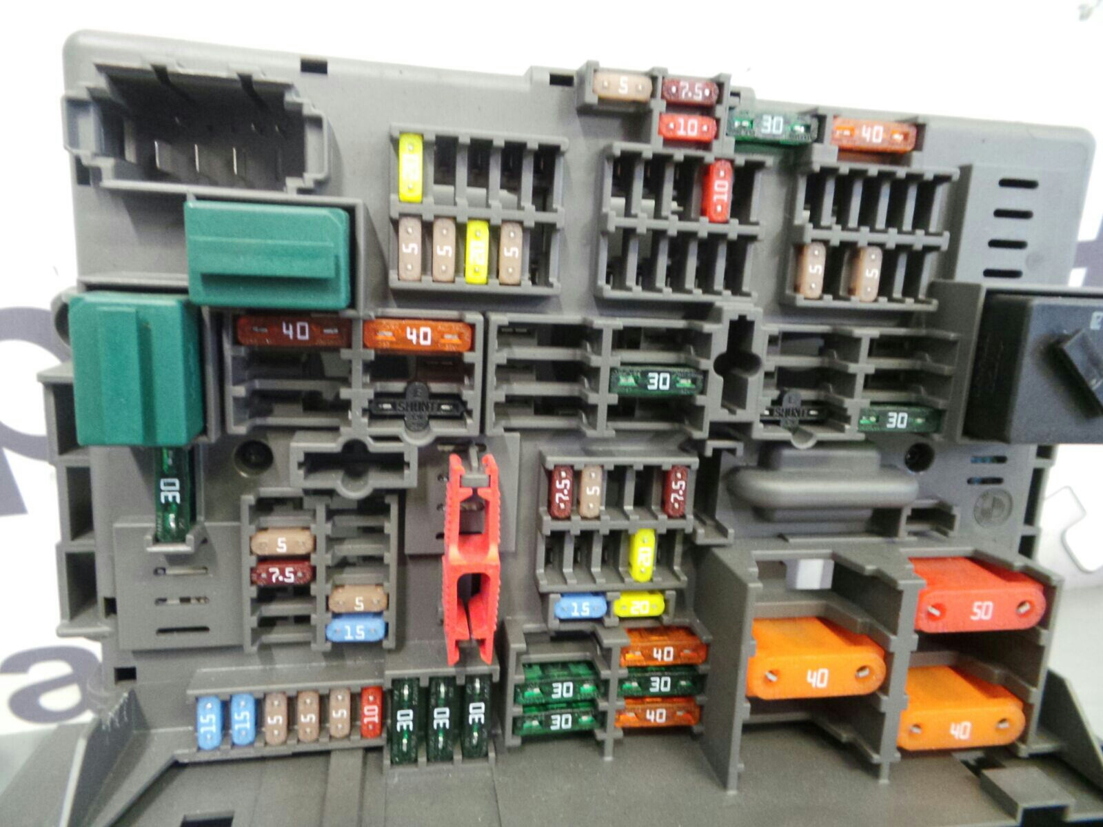 BMW 1 SERIES E87 Fuse Box 61149119445 breaking for used and spare ...