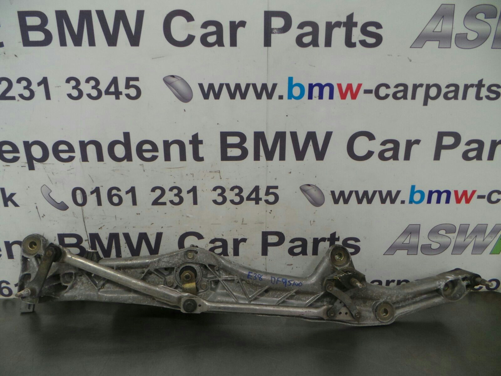 BMW E38 7 SERIES  Front Wiper Linkage 61618360049