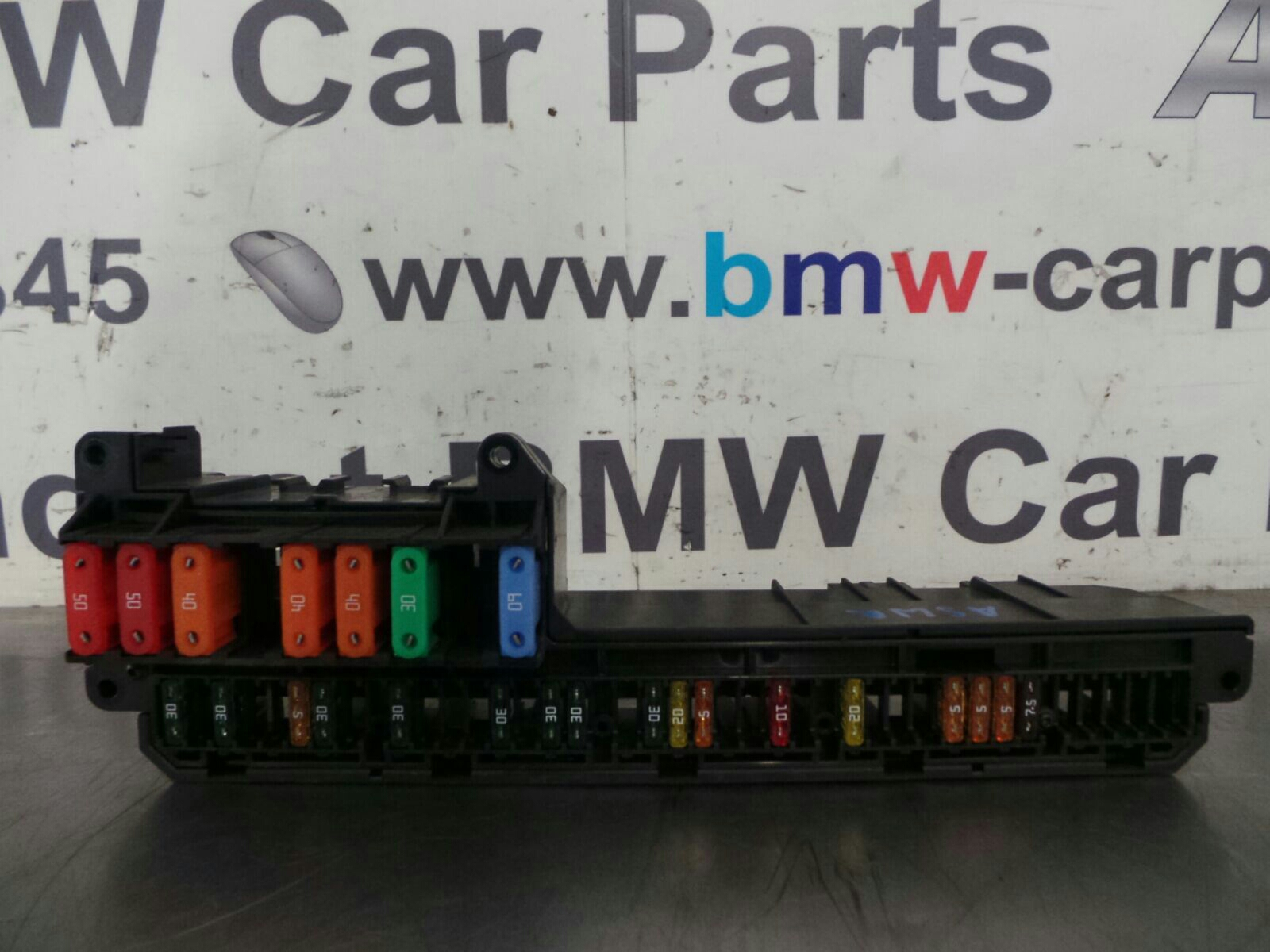 BMW 5 SERIES E60 LCI Fuse Box 6932452/6957330