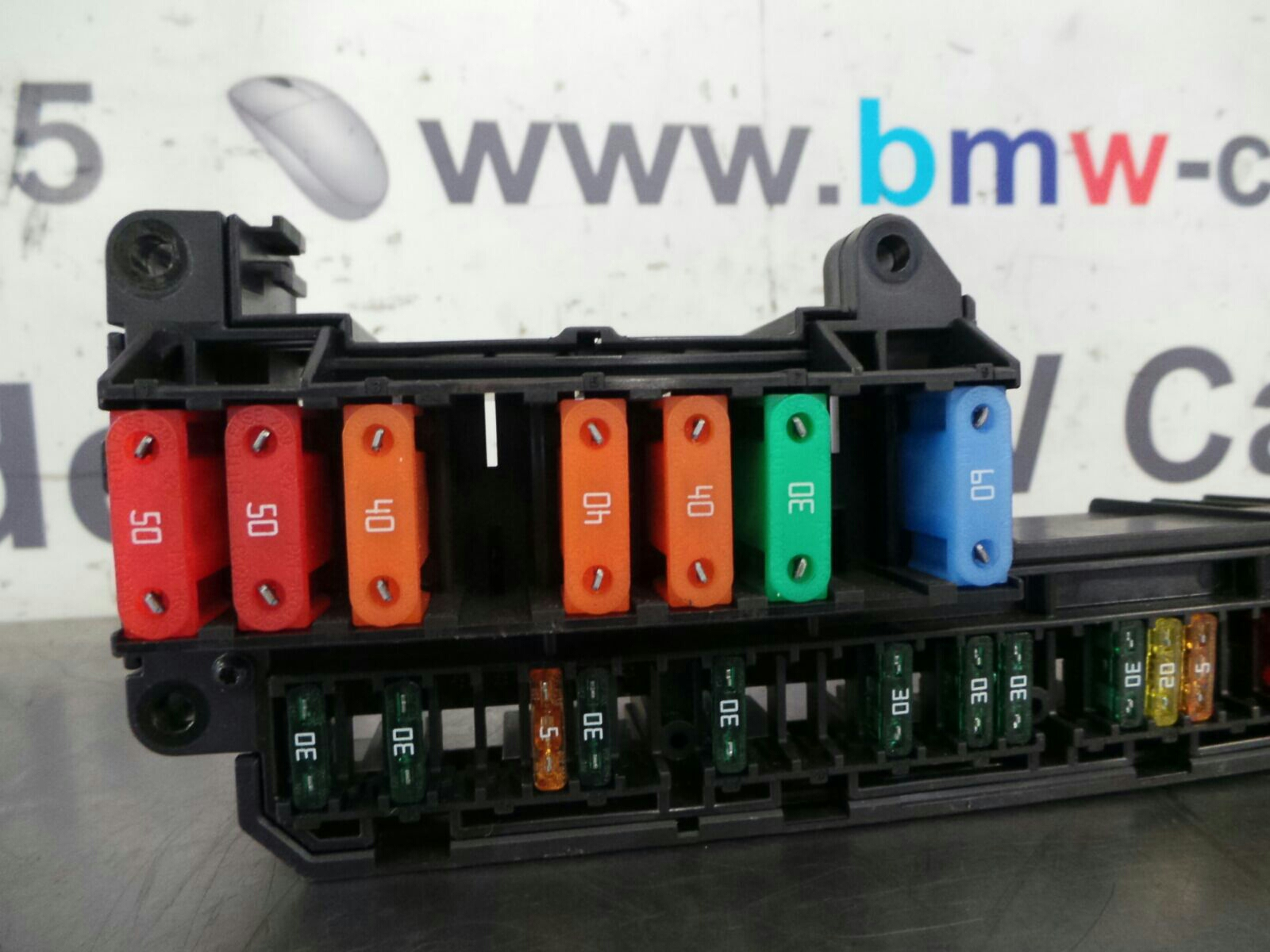 Bmw 5 Series E60 Lci Fuse Box 6932452 6957330 Breaking For Used And 550i