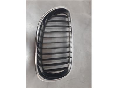 BMW E60 5 SERIES O/S Kidney Grille 51137065701