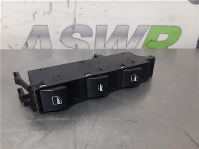 BMW E46 3 SERIES Drivers Window Switch 61316902183