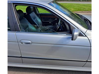 BMW E39 5 SERIES O/S Drivers Side Front Door Titan Silver 354 41518216818