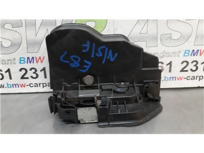 BMW 1 SERIES E87 N/S/F Passenger Side Front Door Catch Mechanism 51217202145
