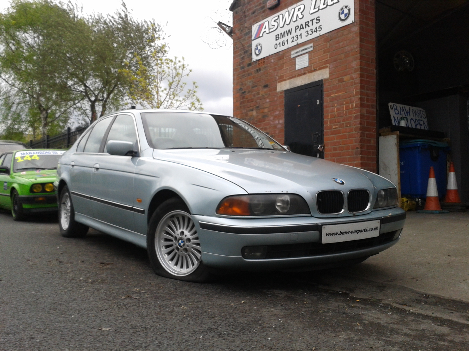 1999 bmw 5 series 520i se 4 door saloon petrol automatic breaking for used and spare parts. Black Bedroom Furniture Sets. Home Design Ideas