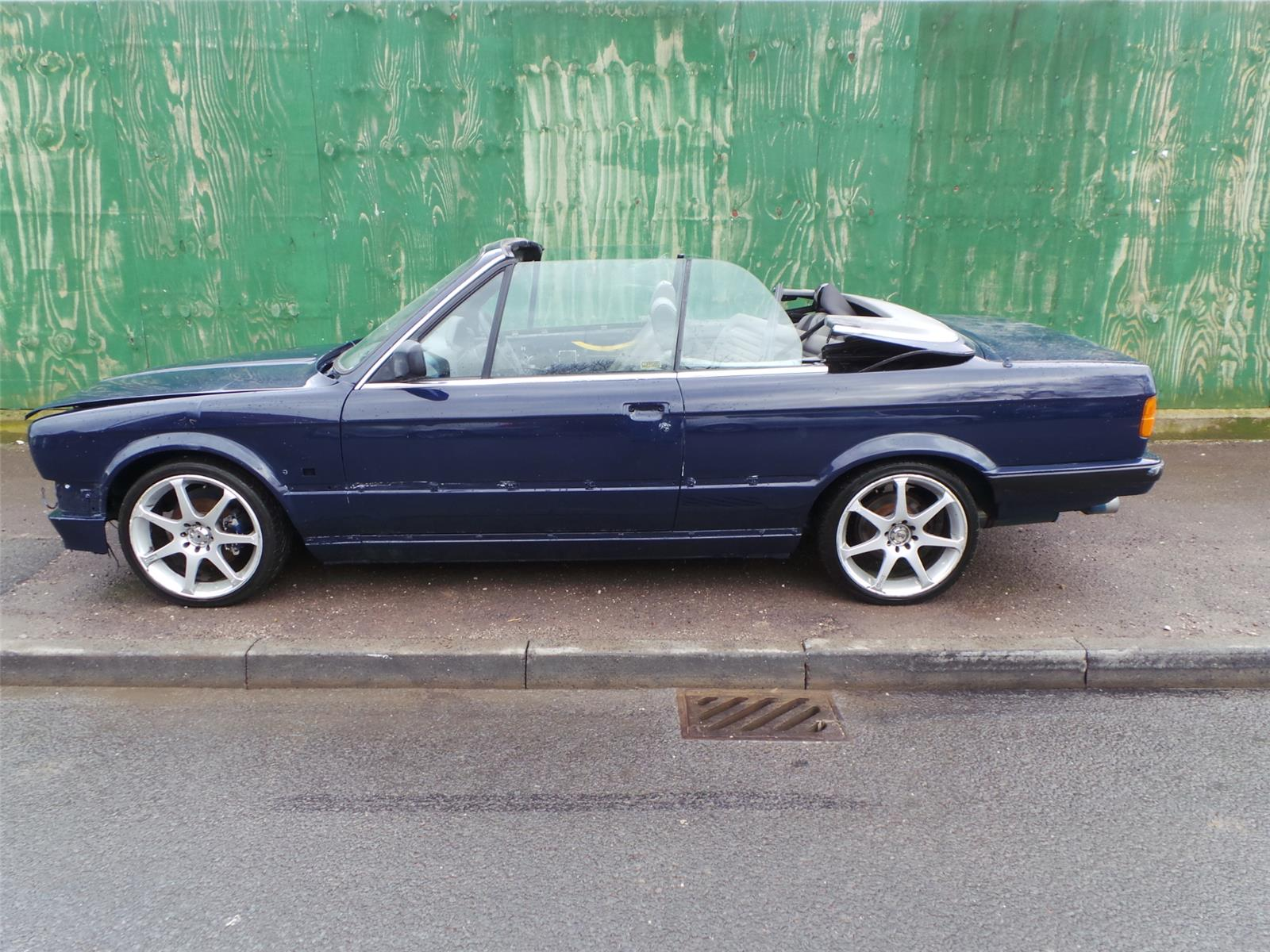 1990 BMW 3 SERIES 325I Convertible. Back to list