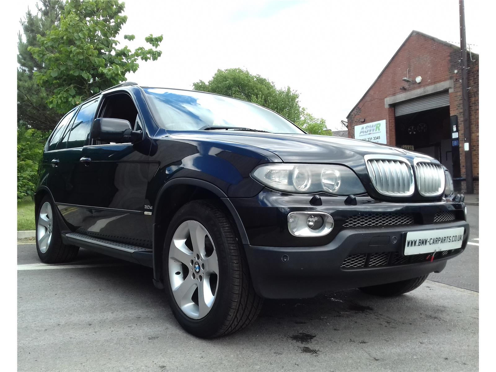 2005 bmw x5 d light 4x4 utility diesel automatic breaking for used and spare parts from aswr. Black Bedroom Furniture Sets. Home Design Ideas