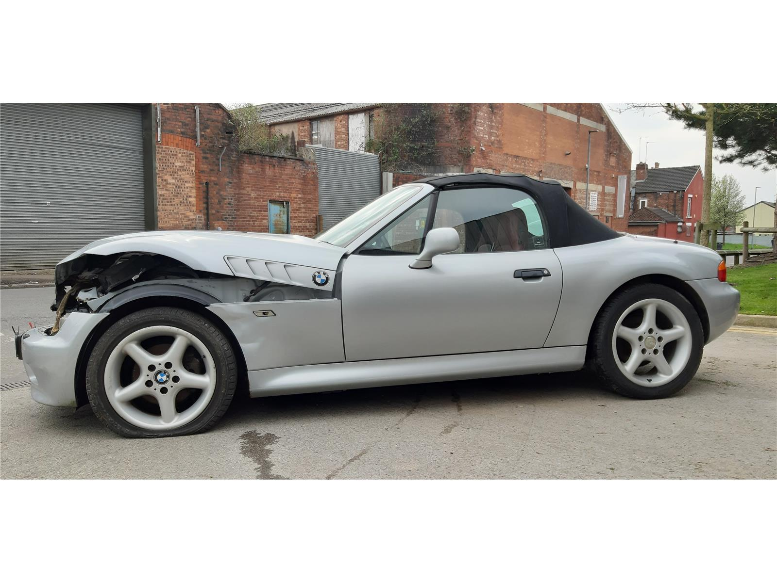 1997 Bmw Z Series Z3 Roadster Convertible Petrol Manual Breaking For Used And Spare Parts From Aswr In Openshaw Manchester