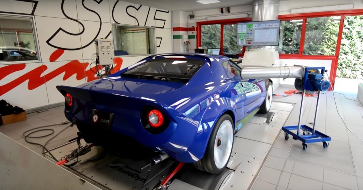 Listen to the 550bhp New Lancia Stratos on a dyno