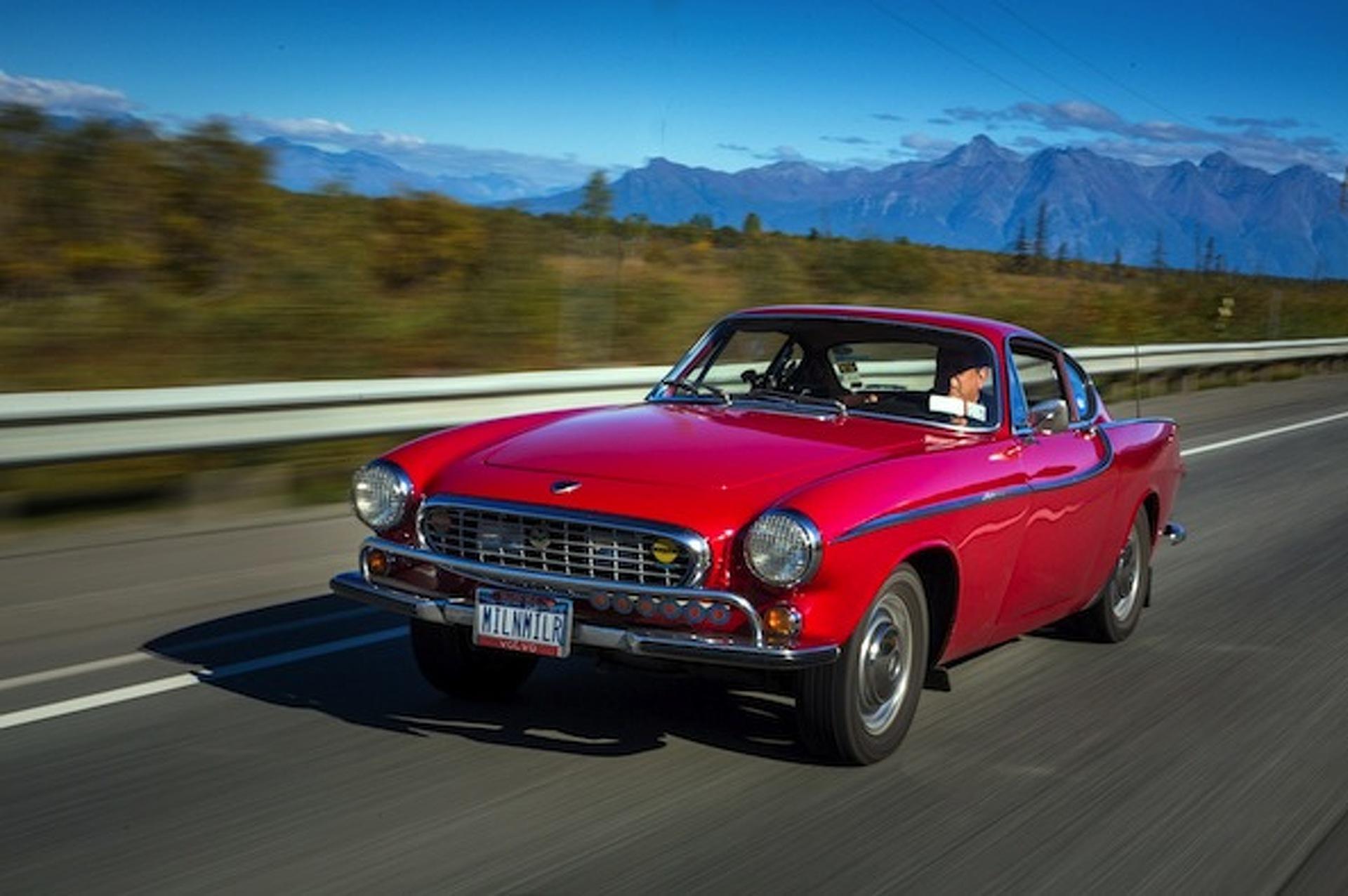 Owner of three million mile Volvo P1800S dies