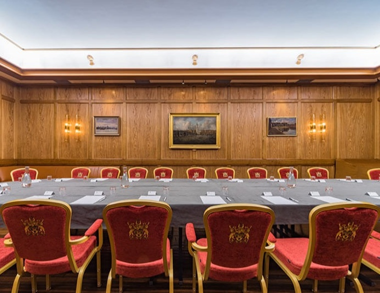The Court Room 4